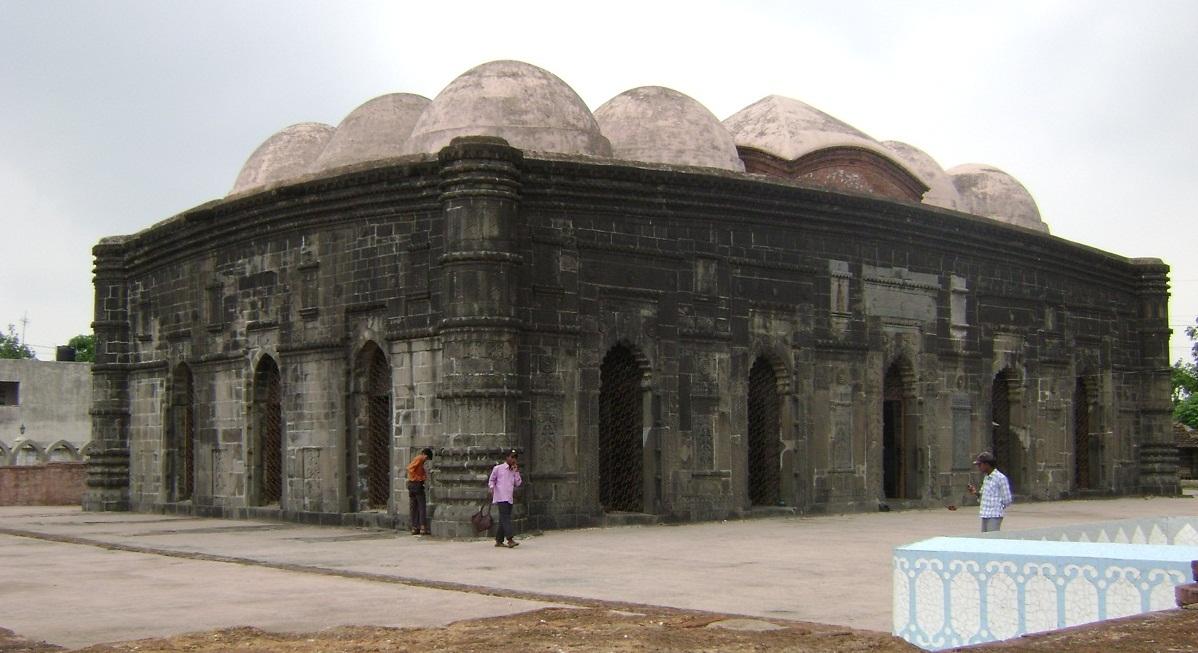 ছোট সোনা মসজিদ বাংলাদেশের অন্যতম প্রাচীন মসজিদ